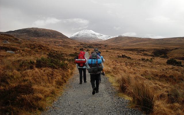 turisté v horách